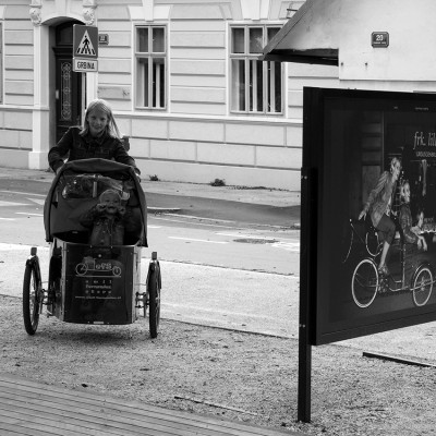 Fotografije so nastale za promocijo kolesarjenja v Ljubljani v evropskem tednu mobilnosti in so bile uporabljene za razstavo in tiskano promocijo / Photography was made for promotion of bycicling in Ljubljana in EU week of mobility and they were used for exibition and printed medias